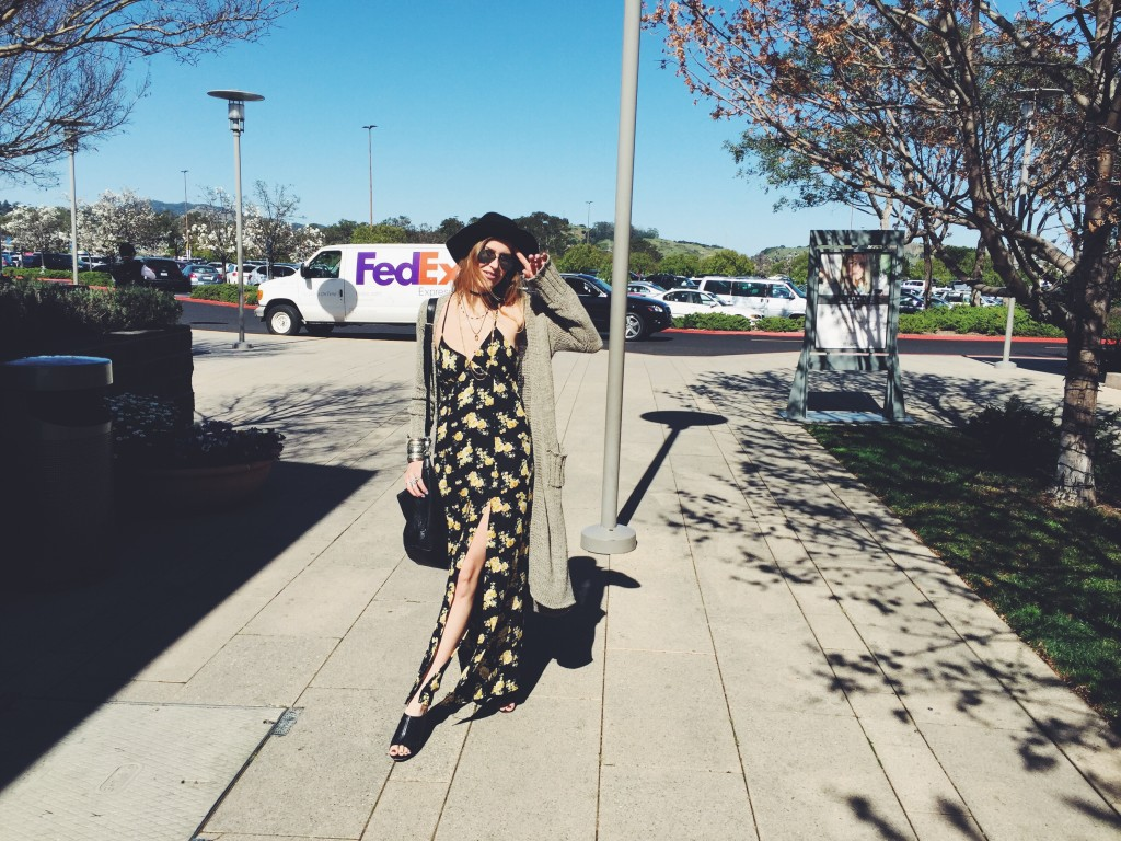 Summer Feeling - Floral Maxi Dress - I am Metal Heart