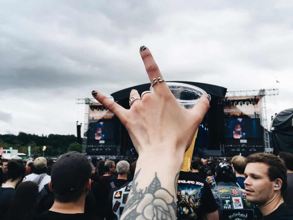 The-Ultimate-Festival-Packing-Guide-I-am-Metal-Heart-Swiss-Blogger