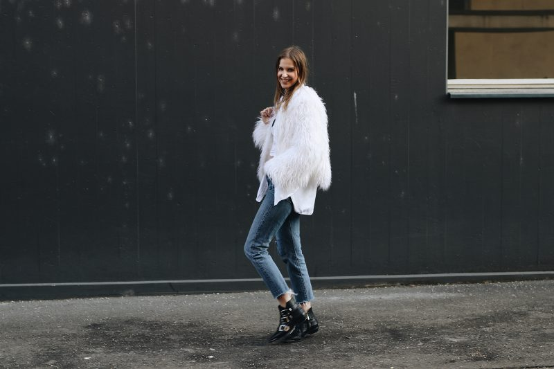 Sunday_Winter_Outfit_I_Am_Metal_Heart_Swiss_Fashion_Blog_Schweizer_Mode_Blog